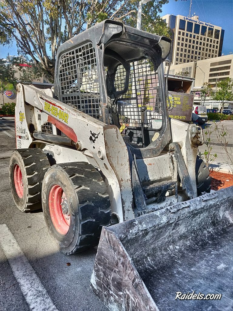 Bobcat Service in Pinecrest