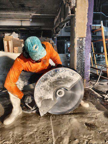 Hydraulic Hand Sawing